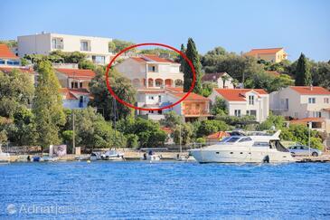 Seget Vranjica, Trogir, Property 13771 - Apartments near sea with pebble beach.