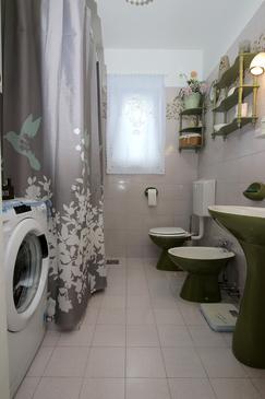 Bathroom    - A-13811-b
