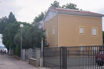 Sukošan, Zadar, Objekt 13825 - Ubytování v blízkosti moře s oblázkovou pláží.