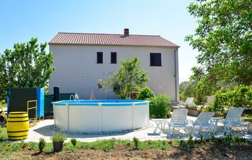 Poljica, Zadar, Property 13838 - Apartments with sandy beach.