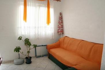 Srima - Vodice, Woonkamer in the apartment, air condition available, (pet friendly) en WiFi.