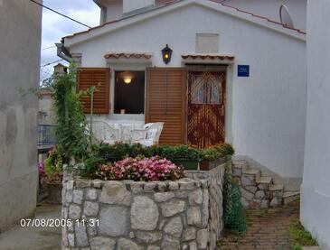 Beli, Cres, Объект 13893 - Дом для отдыха с галечным пляжем.