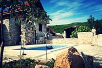 Дом для семьи с бассейном Zagvozd (Zagora) - 13901