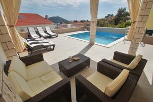 Family friendly house with a swimming pool Brna, Korčula - 13943