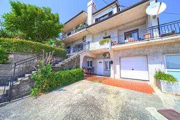 Rijeka, Rijeka, Property 13976 - Apartments with pebble beach.