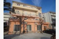Apartments and rooms with parking space Makarska - 13979