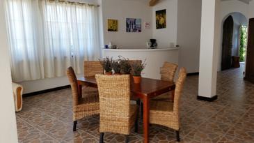 Zadar - Diklo, Jedáleň v ubytovacej jednotke apartment, WiFi.