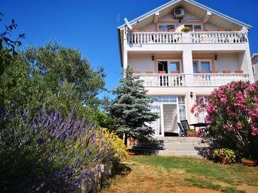 Zadar - Diklo, Zadar, Объект 13987 - Апартаменты и комнаты с галечным пляжем.