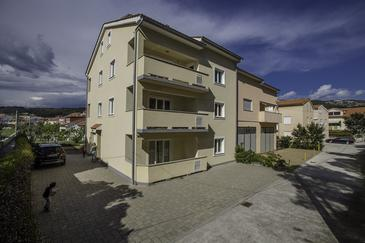 Palit, Rab, Property 13990 - Apartments by the sea.