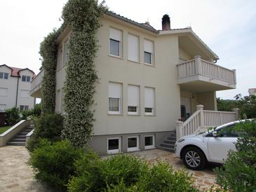 Vodice, Vodice, Property 13997 - Apartments with pebble beach.