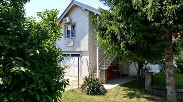 Bilje, Slavonija, Объект 14021 - Апартаменты и комнаты с галечным пляжем.