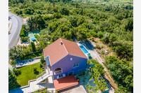 Дом для семьи с бассейном Lovorno (Dubrovnik) - 14050
