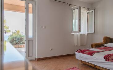 Sveta Nedilja, Obývací pokoj v ubytování typu apartment, s klimatizací a WiFi.