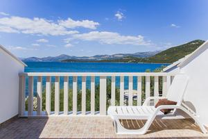 Apartments by the sea Zuronja (Peljesac) - 14095
