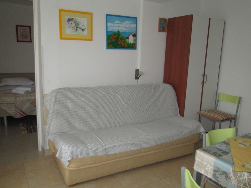 Ferienwohnung im Ort Omiaalj (Krk), Kapazität 2+0 (2250579), Omisalj, Insel Krk, Kvarner, Kroatien, Bild 2
