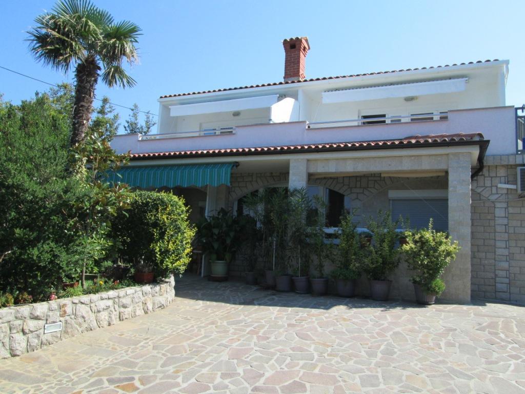 Ferienwohnung im Ort Omiaalj (Krk), Kapazität 2+0 (2250579), Omisalj, Insel Krk, Kvarner, Kroatien, Bild 1