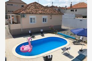 Hiša za počitek z bazenom Zadar - 14133