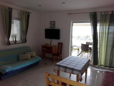 Banjol, Obývací pokoj v ubytování typu apartment, WiFi.