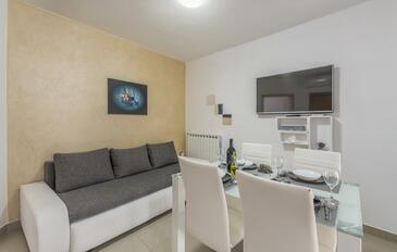 Vodnjan, Obývací pokoj v ubytování typu apartment, s klimatizací a WiFi.