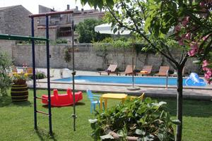 Family friendly apartments with a swimming pool Vodnjan (Fažana) - 14159