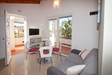 Preko, Столовая в размещении типа apartment, доступный кондиционер, Домашние животные допускаются и WiFi.