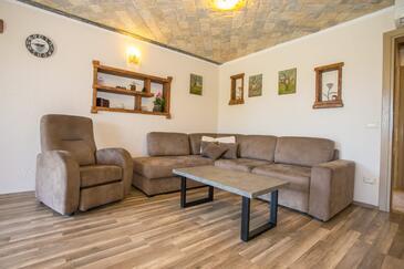 Nova Vas, Obývací pokoj v ubytování typu apartment, s klimatizací a WiFi.