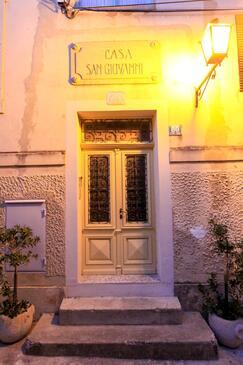 Lovran, Opatija, Объект 14180 - Апартаменты вблизи моря с галечным пляжем.