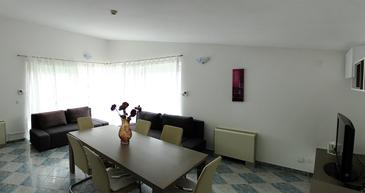 Primošten, Dnevni boravak u smještaju tipa apartment, dostupna klima i WiFi.