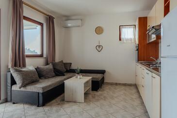 Vrsi - Mulo, Obývací pokoj v ubytování typu apartment, s klimatizací, domácí mazlíčci povoleni a WiFi.