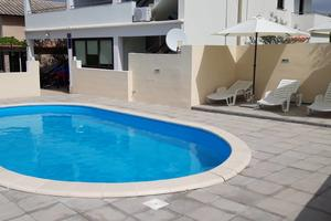 Apartments with a swimming pool Vrsi - Mulo, Zadar - 14250