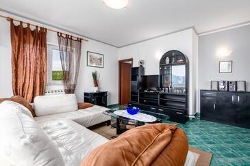 Rijeka, Obývací pokoj v ubytování typu apartment, dopusteni kucni ljubimci i WIFI.