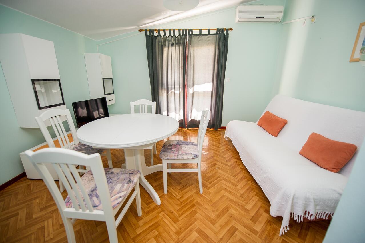 Ferienwohnung im Ort Greba?tica (?ibenik), Kapazit Ferienwohnung in Kroatien