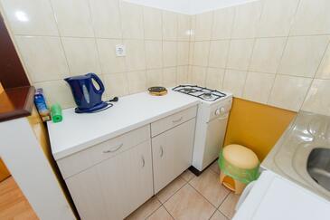 Grebaštica, Kitchen in the studio-apartment, WiFi.