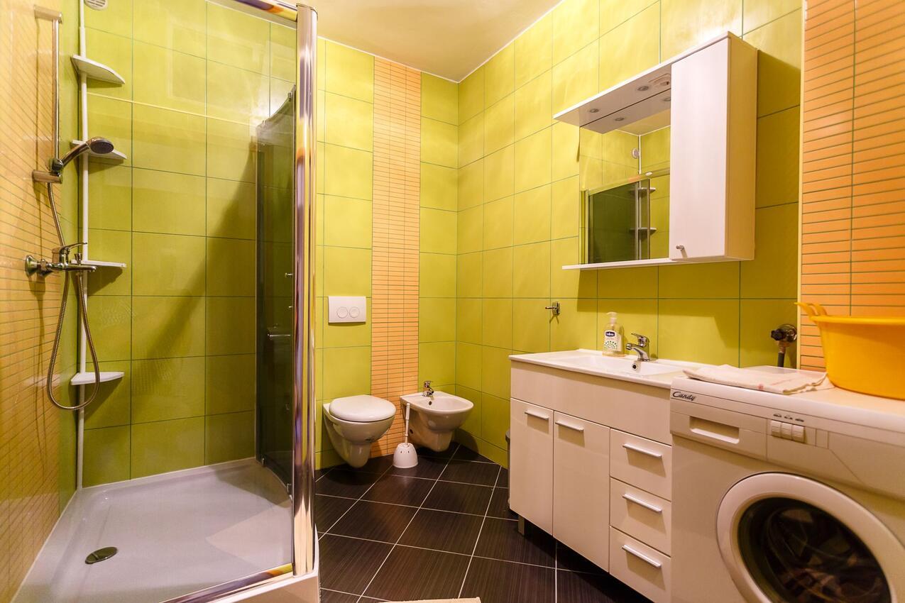 ferienwohnung im ort krk krk kapazit t 4 2. Black Bedroom Furniture Sets. Home Design Ideas