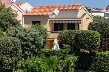Petrčane, Zadar, Property 14327 - Apartments by the sea.