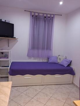 Martinšćica, Obývací pokoj v ubytování typu studio-apartment, domácí mazlíčci povoleni a WiFi.
