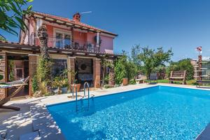 Family friendly apartments with a swimming pool Fratrici, Umag - 14384