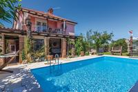 Family friendly apartments with a swimming pool Фратрици - Fratrici (Умаг - Umag) - 14384