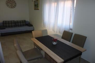 Vir, Jídelna v ubytování typu apartment, WiFi.