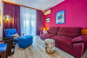 Banjole, Wohnzimmer in folgender Unterkunftsart apartment, Klimaanlage vorhanden und WiFi.