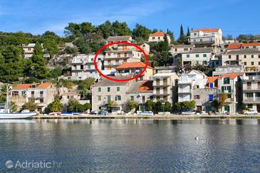 Povlja, Brač, Property 14399 - Apartments by the sea.