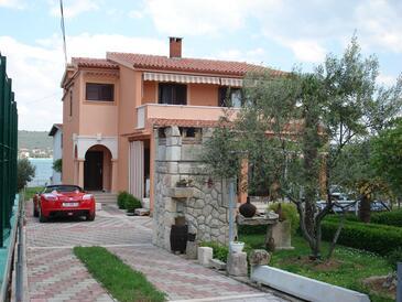 Sukošan, Zadar, Objekt 14406 - Ubytování v blízkosti moře s písčitou pláží.