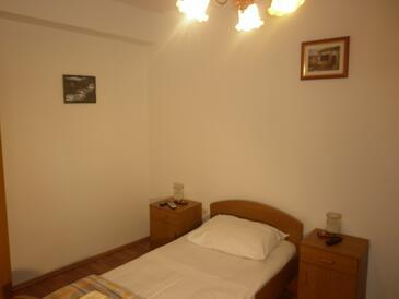 Split, Spálňa v ubytovacej jednotke room, dostupna klima i WIFI.