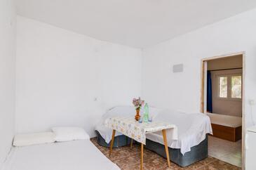 Pještata, Obývací pokoj v ubytování typu apartment, dopusteni kucni ljubimci i WIFI.