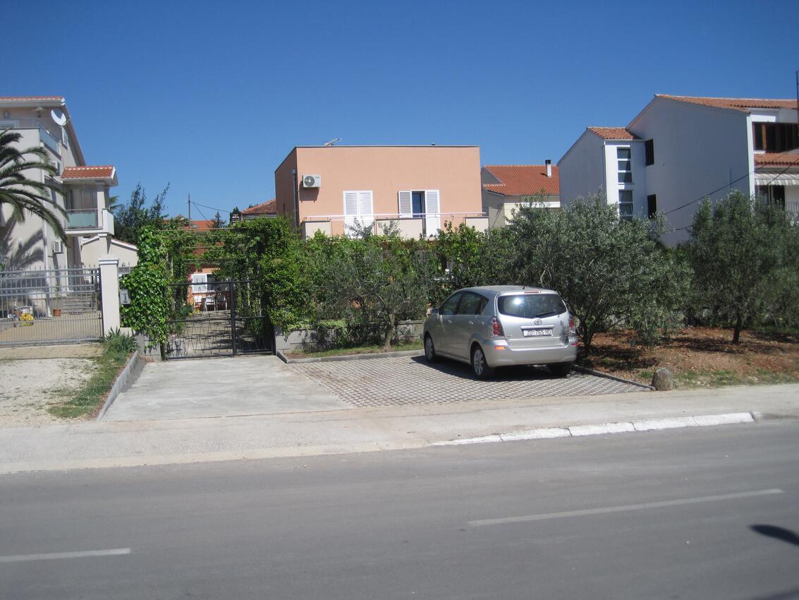 ferienwohnung zadar 3 personen kroatien dalmatien festland 140184. Black Bedroom Furniture Sets. Home Design Ideas