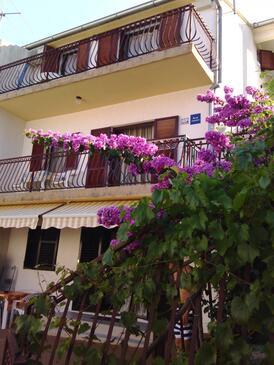Grebaštica, Šibenik, Объект 14476 - Апартаменты вблизи моря с галечным пляжем.