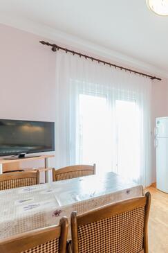 Sabunike, Столовая в размещении типа apartment, WiFi.