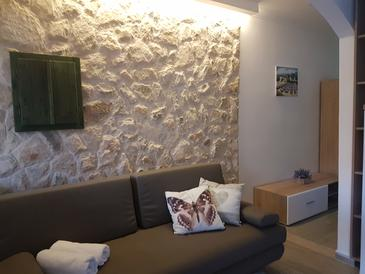 Zavalatica, Obývacia izba v ubytovacej jednotke apartment, dostupna klima i WIFI.