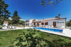 Casa con piscina per famiglia Albona - Labin - 14520