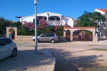 Kustići, Pag, Objekt 14522 - Ubytování v blízkosti moře s oblázkovou pláží.